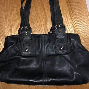 Classic Coach shoulder bag